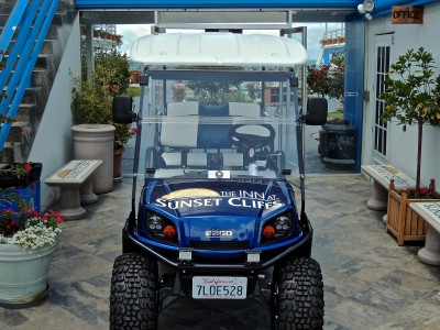 Golf Cart-Front hotel